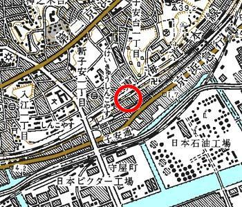 横浜市神奈川区付近の地形図