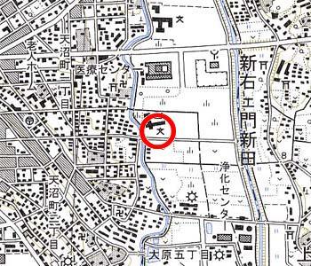 さいたま市立芝川小学校付近の地形図