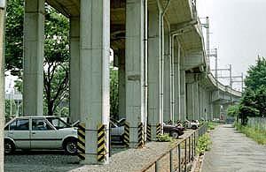 鉄道高架部の画像