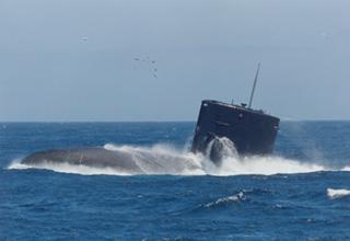 練習潜水艦「はましお」型