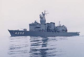 訓練支援艦「くろべ」型