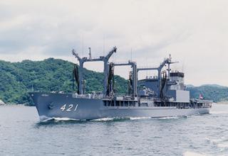 補給艦「さがみ」型
