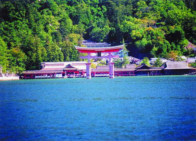 厳島神社潮のかおり