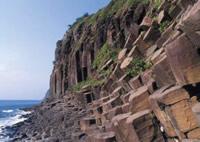 写真:塩俵の断崖