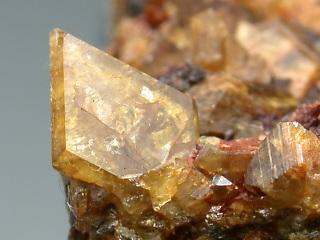 アロハド石