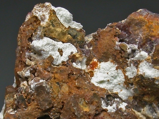 ボリバー石