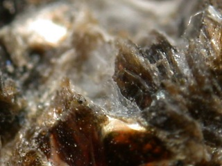 キュムリ石