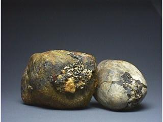 リチオフォル石