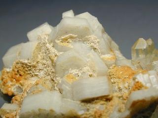 水酸燐灰石