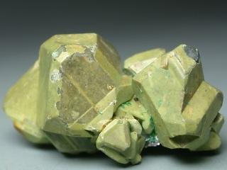 黄錫亜鉛鉱