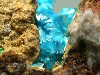 ラベンダー石