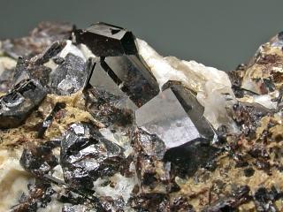 ロボゼロ石
