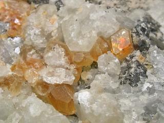 マナッセ石