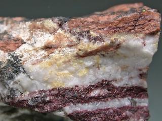 マースター石