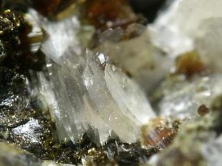 メッセル石