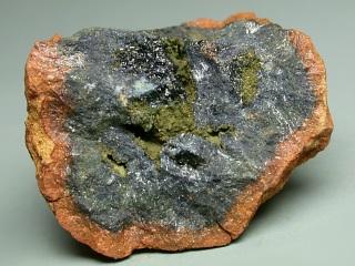 ミトリダト石
