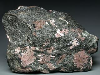 ムルマン石