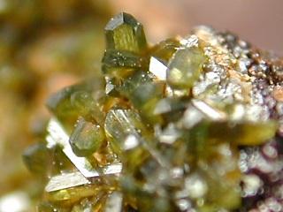 オリーブ銅鉱