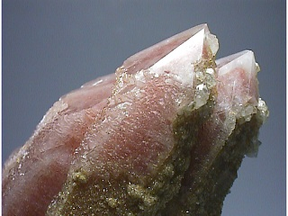 水晶と赤鉄鉱