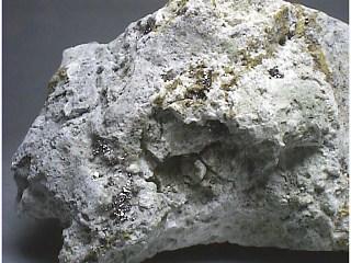レニウム鉱