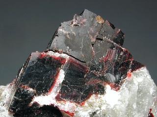 ビリオム石