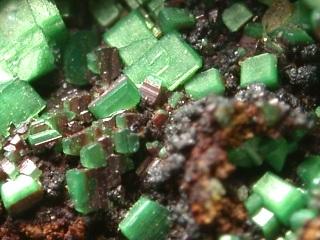 砒銅ウラン石