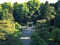 弘文天皇陵