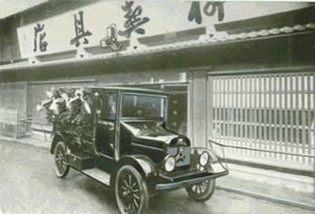 日本初期の霊柩車