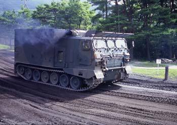 99式弾薬給弾車