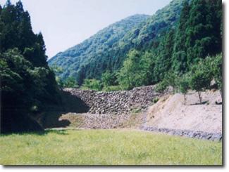 羽根谷砂防堰堤