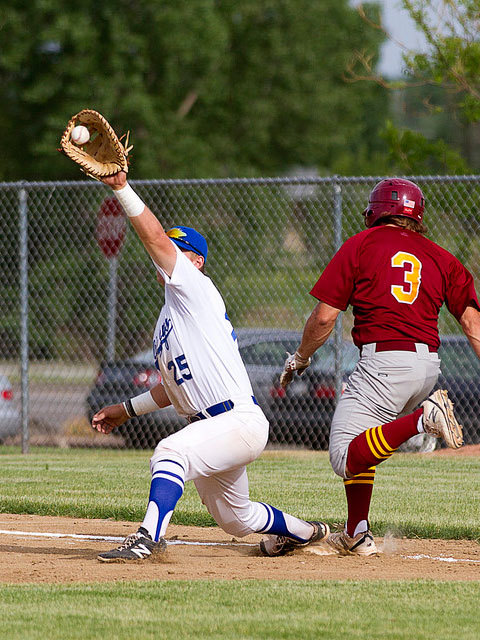 一塁手とは - Weblio辞書