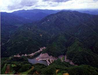 八川水源の森