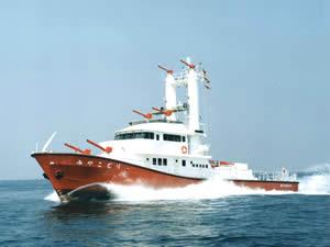 大型化学消防艇