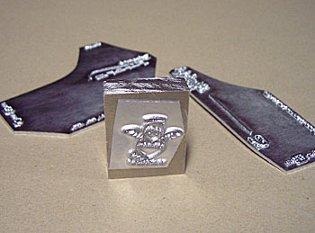 ホットスタンプ金型