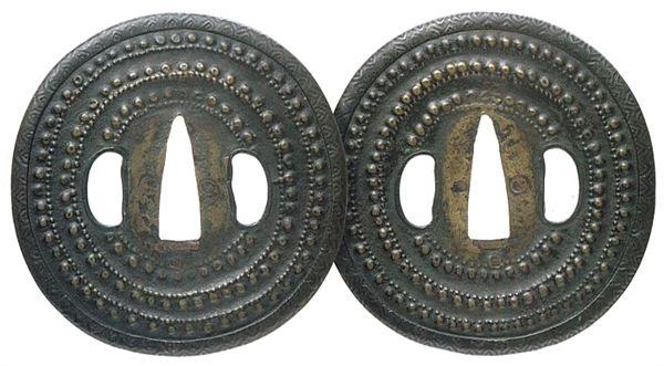 数珠繋図鍔
