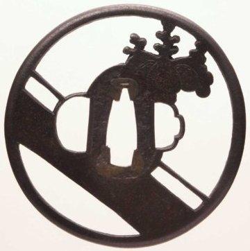 桐紋二引両透図鍔